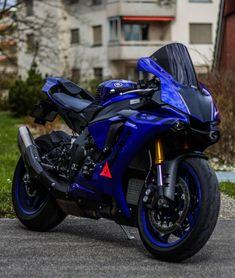 New Motor Bike Yamaha Ideas Yamaha Yzf R1, Yamaha Motorbikes, Yamaha Motorcycles, Custom Motorcycles, Custom Baggers, Indian Motorcycles, Moto Bike, Motorcycle Bike, Motorcycle Quotes