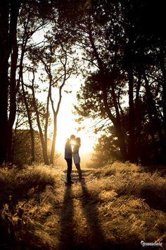 Luisa and Nick – Beautiful Light and Love in Centennial Park - International Photographer, Gemma Clarke - www.gemma-clarke.com