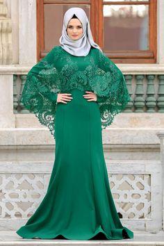 2018 Yeni Sezon Özel Tasarım Abiye Koleksiyonu -Tesettürlü Abiye Elbise - Boncuk Detaylı Yeşil Tesettürlü Abiye Elbise 43910Y Islamic Fashion, Muslim Fashion, Modest Fashion, Fashion Outfits, Girl Fashion, Nikkah Dress, Hijab Dress, Hijab Outfit, Hijab Fashion Inspiration