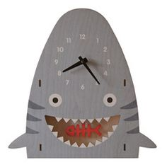 I have friends who have this, I want it too! Tiger shark clock