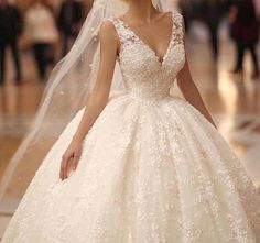 Cheap v neck bridal gown, Buy Quality bridal gown directly from China luxury ball gowns Suppliers: Luxurious Ball Gown Wedding Dresses Lace Appliques Flowers V Neck Bridal Gowns Sleeveless Princess Wedding Dresses, Dream Wedding Dresses, Bridal Dresses, Wedding Gowns, Bridesmaid Dresses, Bouquet Wedding, Wedding Reception, Gorgeous Wedding Dress, Beautiful Gowns
