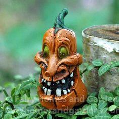 Miniature Goofy Jack o' Lantern - Miniature Pumpkin - Halloween Miniature - Fairy Garden Accessory - Fairy Garden Supply, Halloween Fairy, Halloween Pumpkins, Halloween Stuff, Halloween Ideas, Halloween Felt, Halloween Village, Gothic Halloween, Halloween Ornaments, Halloween Jack