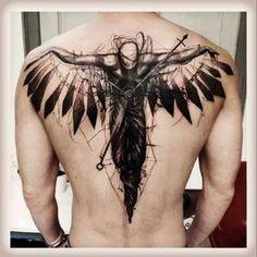 tatuajes mas populares para hombres en la espalda