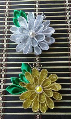 Check out this item in my Etsy shop https://www.etsy.com/listing/462523153/kanzashi-hair-clips-gold-or-silver