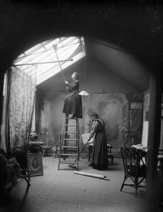 Dreaming of a Skylight Studio Charles Miner Studio, Fort Wayne, Ind., ca. 1904. West end of operating room. Property of the Indiana Historical Society. USA France Scully Osterman & Mark Osterman...