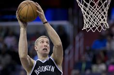 Jorge Gutierrez Spins and Feeds Mason Plumlee for the Jam Brooklyn Basketball, Mason Plumlee, Brooklyn Nets, Spinning, Athletic, Sports, Hand Spinning, Hs Sports, Athlete
