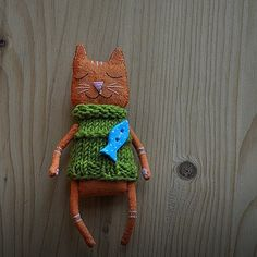223 отметок «Нравится», 5 комментариев — Lidiya Marinchuk (@marlitoys) в Instagram: «Happy red cat #animals #cat #fish #vscoaninmals #autumn #aut