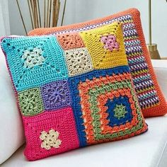 Basketweave Tunisian Crochet Pillow - Page 16 of 35 - apronbasket . Crochet Pillow Cases, Crochet Cushion Cover, Crochet Pillow Pattern, Crochet Cushions, Granny Square Crochet Pattern, Tunisian Crochet, Crochet Squares, Crochet Motif, Blanket Crochet