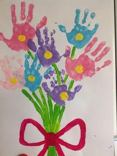 Bosje bloemen Crafts For Kids, Symbols, Peace, Activities, Flowers, Hands, Crafts For Children, Icons, Florals