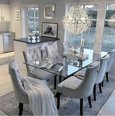 Family Dining Rooms, Dining Room Table Decor, Dining Room Design, Dining Room Furniture, Living Room Decor, Table Decoration, Furniture Ideas, Bedroom Decor, Bedroom Signs