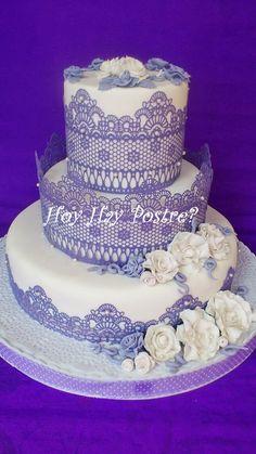 tarta de boda encaje y flores