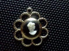 Pretty cameo charm or pendant