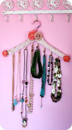 jewelry hanger...definitely need to do this!