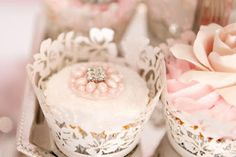 love the bling on these gorgeous cupcakes from just call me martha