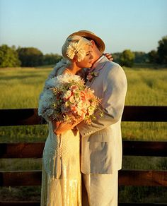 Roaring 1920′s wedding, and what about a shrug of fresh roses!