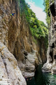 Jumping into the Somoto Canyon in Nicaragua