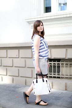 outfit luxembourg city light colours birkenstock gizeh