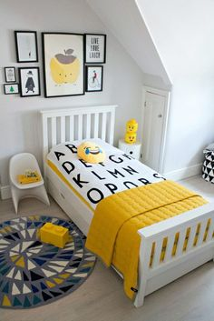 6 ways to style a kid's room on a budget. I show you the quick and easy way to do a child's room bedroom refresh on a limited budget.