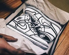 Nike Shoes OFF! Air Jordan Sketched available online. - Click and buy.