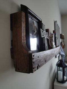DIY Shelves From Old Pallet