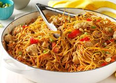 thai recipes Thai Chicken Peanut Noodles Recipe -My husband loves the spicy Thai flavors in this speedy, simple dish and often breaks out the chopsticks for a more immersive experience. Asian Recipes, Healthy Recipes, Ethnic Recipes, Healthy Rice, Healthy Breakfasts, Mexican Recipes, Eating Healthy, Healthy Snacks, Clean Eating