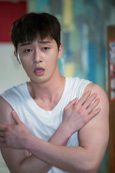 Man those biceps Park Hae Jin, Park Seo Joon, Seo Kang Joon, Park Hyung Sik, Song Joong, Joong Ki, Asian Actors, Korean Actors, Korean Men