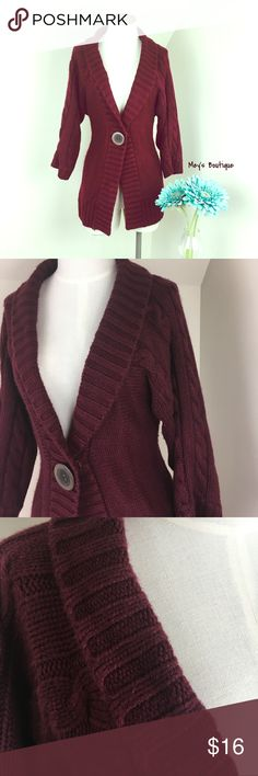 PRICE DROP⭐️Burgundy Mid Sleeve Knitted Sweater⭐️ PRICE DROP TODAY ONLY!! ⭐️  ⭐️Burgundy Mid Sleeve Knitted Sweater⭐️ Size Medium. Excellent Condition! Very very warm and perfect for cooler & colder weather. B.Moss brand. Next day shipping. All sales are final. B.Moss Sweaters Cardigans