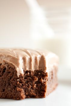 Old Fashioned Ultra Chewy Brownies with Chocolate Cream Cheese Frosting {THE BEST BROWNIES I HAVE EVER HAD!!! Double and cook 9x13 for 42 min. I think i would like theseto even better with regular choc frosting}