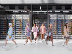 Lagerfeld's high-tech concept for Chanel relies on craftsmanship via Frameweb.com