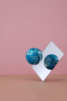 The Weird World of Sarah Illenberger - Life Unstyled Ragnar, Sarah Illenberger, Design Art, Graphic Design, Set Design, Zoom Photo, Still Life Photography, Installation Art, Art Direction