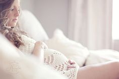 Beautiful maternity shoot. Love the light.