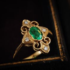 Vintage Emerald and Diamond Panel Ring