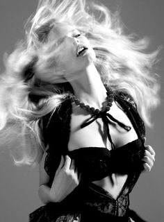 Love this models hair in this capture by Jeffrey Graetsch