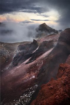 Sunrise in Tongariro National Park, North Island, New Zealand (Eugene Polkan)