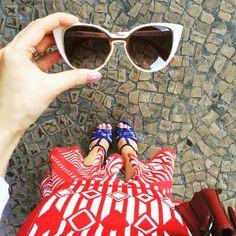Detalhes de um Fendi Paradeyes Branco! A Camila Coelho está apaixonada e não larga mais o dela! www.oticaswanny.com #fendi #fendiparadeyes #paradeyes #oculos #gatinho