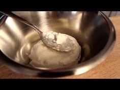 Pancakes cu mascarpone şi nuci Pecan - YouTube
