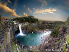 snoqualmie falls in washington | Pin it 1 Like Image