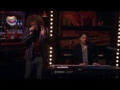 ▶ Marcel en Xander - Kleine Jongen - RTL LATE NIGHT - YouTube lieve K en B kus van Oma & en Opa,love you!