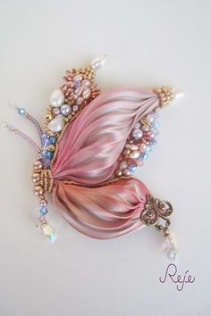 BEADS: Bead embroidery and shibori silk butterfly by Reje handmade in Italy www. BEADS: Bead embroidery and shibori silk butterfly by . Ribbon Jewelry, Ribbon Art, Ribbon Crafts, Beaded Jewelry, Thread Jewellery, Silk Ribbon Embroidery, Hand Embroidery, Embroidery Stitches, Embroidery Jewelry