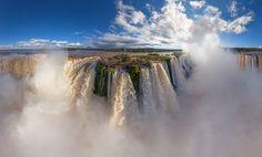 Las cataratas de Iguazú. Argentina y Brasil. Fotografías aéreas: El mundo como nunca lo habías visto.