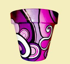 ROMALA: Macetas Pintadas Flower Pot Art, Flower Pot Design, Flower Pot Crafts, Clay Pot Crafts, Ceramic Pots, Terracotta Pots, Clay Pots, Flower Pot People, Clay Pot People