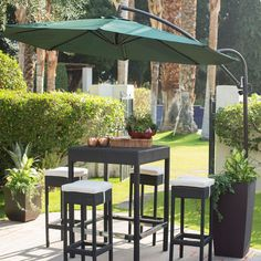 9-Ft Cantilever Offset Patio Umbrella with Forest Green Shade