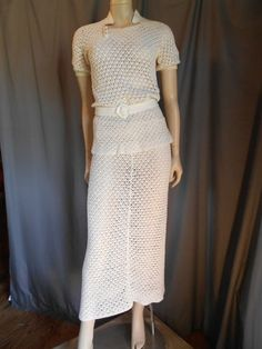 VTG 30's SHEER WHITE CROCHET SCALLOPED HAND KNIT SKIRT SET.  This is the type of wardrobe we love at HDloftstudios.