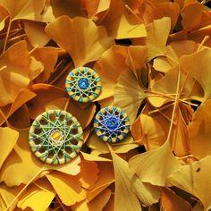 Zwirnköpfe inspiriert von goldgelben Laub des Gingkobaumes.