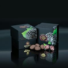 Gulliver Gourmet Selection, Belgian white chocolate cover freeze dried whole Blackberries..