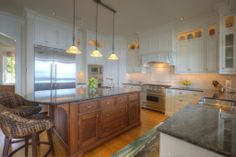 A simple but still elegant kitchen. Bellingham, WA Coldwell Banker BAIN