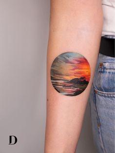 sunset tattoo Beautiful tattoo by Deborah Genchi Gold Tattoo Ink, Tattoo Ink Colors, Black Ink Tattoos, Body Art Tattoos, Sleeve Tattoos, Forearm Tattoos, Sunset Tattoos, Nature Tattoos, Cloud Tattoos