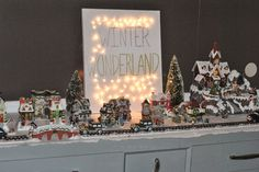 Life With 4 Boys: DIY Winter Wonderland Lighted Canvas