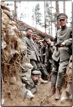 August 1916, WW1- German trench position in the Argonne Forest, France. Colour by Doug. -20/20 Hindsight (@prchovanec_hist) | Twitter