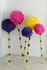 LindO Designs: How to Make a Dr. Seuss Truffula Tree [PROPS] You are in the right place about dr seu Dr. Seuss, Dr Seuss Week, Lorax Costume, Dr Seuss Costumes, Grinch Costumes, Seussical Costumes, Book Costumes, Character Costumes, Costume Ideas